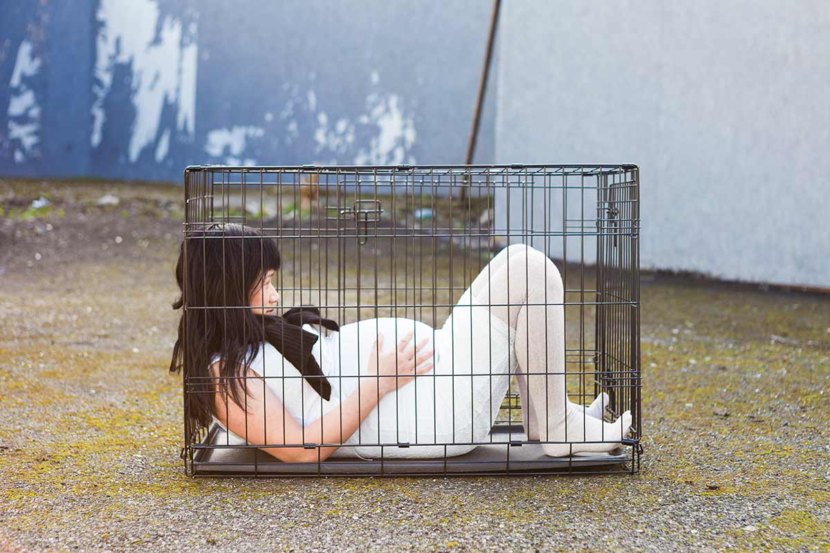 Chun Hua Catherine Dong was pregnant and she locked herself in a dog cage for six hours in a public space in the city of Dublin in 2014