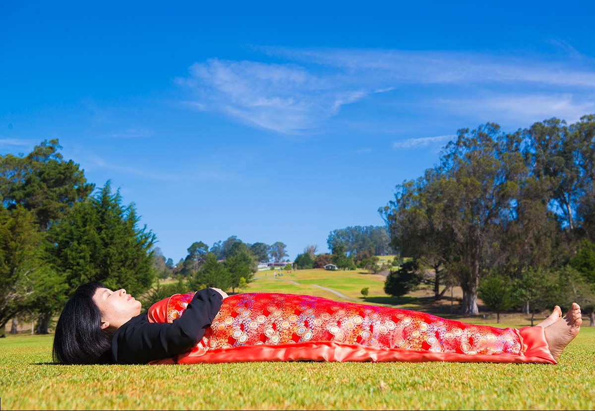 Chun Hua Catherine Dong is lying in a golf course in San Luis Obispo
